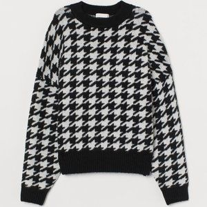 H&M Black & White Houndstooth Fine-knit Sweater